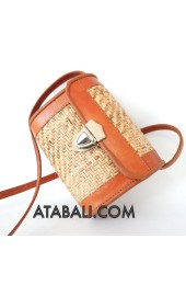 Mini rattan bag with leather design
