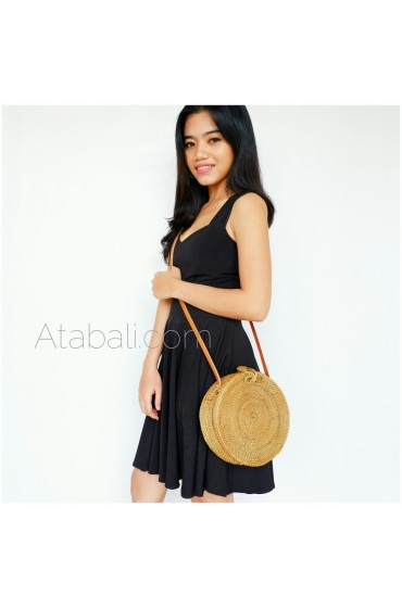 Ata round bag plain pattern with ribbon clip
