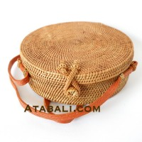 Ata round bag plain pattern with cross clip