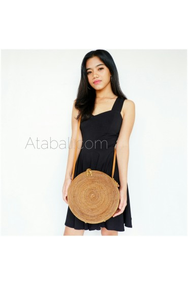Wide ata round bag with rattan cross clip and lining